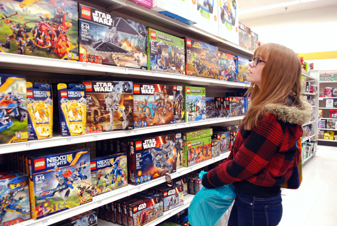 Hot toys flying off shelves at local stores news sports for Toys r us crafts