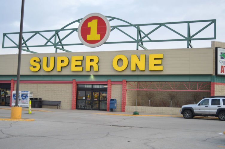 Haley Gustafson | Daily Press Escanaba's Super One Foods store is shown above this morning. The store, which was established in Escanaba in 1989, will close its doors on April 29.