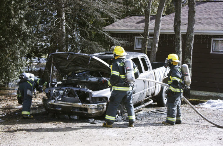 web-ford-river-car-fire