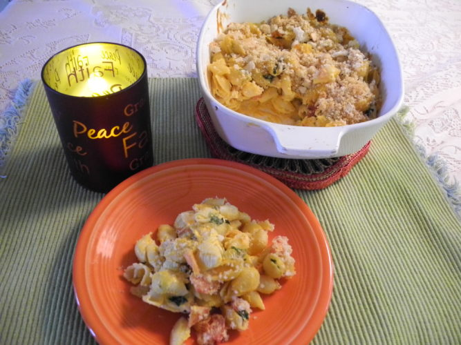 Esther McCoy MANY VARIETIES — Buffalo Mac and Cheese is a dish filled with veggies and different cheeses. There are many ways to prepare the favorite dish of so many. Use a recipe or use your imagination. -- Esther McCoy
