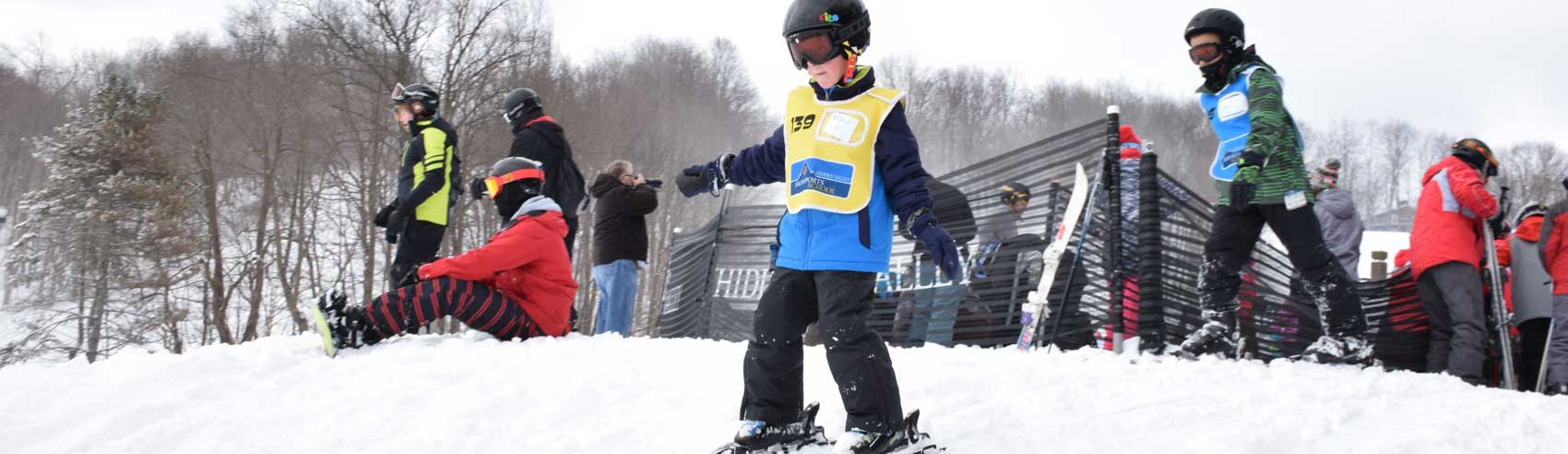 kid-learning-to-ski-at-HV