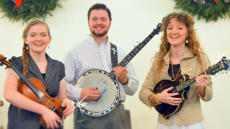 The Johnsons' Bluegrass Band will perform at the Community Bible Chapel in Norway on Saturday.