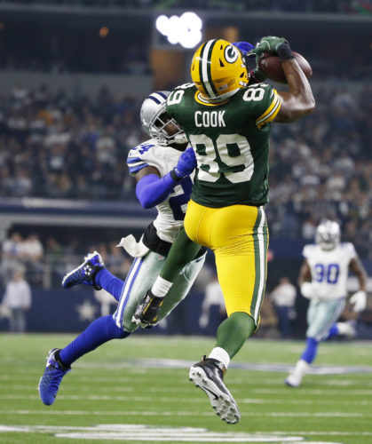 Green Bay's Jared Cook hauls in a pass during the second half  against the Dallas Cowboys on Sunday in Arlington, Texas. Cook caught six passes for 103 yards and a touchdown in the Packers' 34-31 win. (AP Photo/Michael Ainsworth)