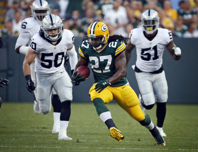 Eddie Lacy's agent says the former Green Bay running back is joining the Seattle Seahawks. Lacy's management group, Sports Trust Advisors, said Tuesday on Twitter that the four-year veteran has agreed to terms with the Seahawks on a 1-year contract. (AP Photo/Mike Roemer, File)