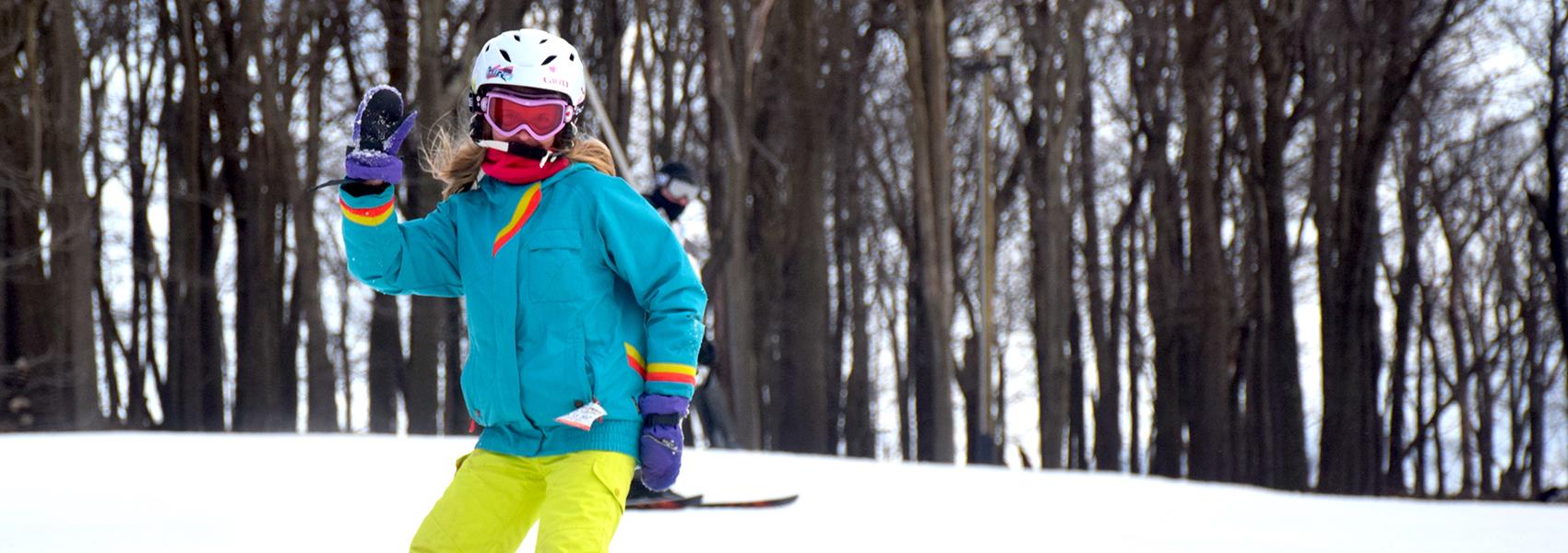 female-snowboarder