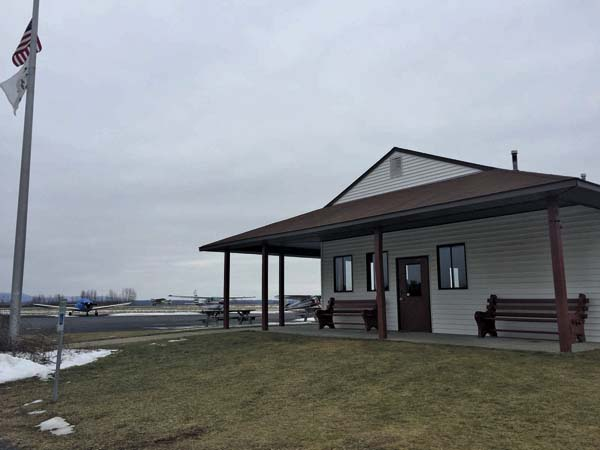 The county-owned building at the Fulton County Airport is shown in this January 2016 photo. The county is revisiting the opportunity to lease the building. (The Leader-Herald file photo)