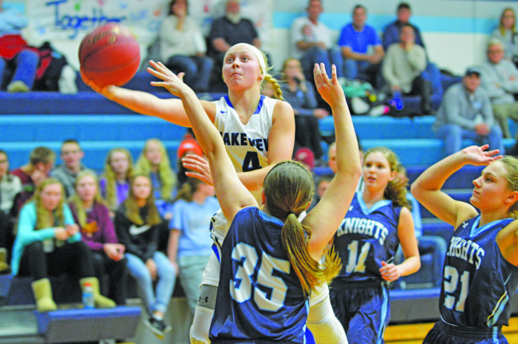 Photo by Gary Kaczmarek Lakeview's Sadie Stelter (4) goes up for a layup against an RTR defender Monday.
