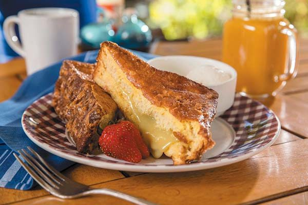 Wake up to a la carte haupia French toast of thick slices of brioche stuffed with a creamy Kaya coconut jam; and savor thick and juicy Uncle's prime rib, sure to fill the bill for the manly appetities out there. Westin KOR photos