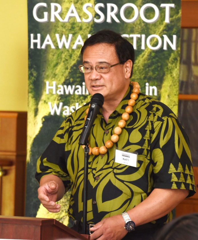 Grassroot Institute of Hawaii President and CEO Kelii Akina discussed property owners' rights Thursday at the Maui Country Club. The Maui News / MATTHEW THAYER photo