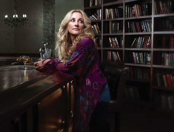 Country stars Lee Ann Womack and Eric Church (second photo) will perform Friday at the Maui Arts &Cultural Center. JOHN SCARPATI photo