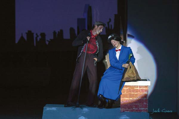 """Chris Kepler and Sara Jelley star in """"Mary Poppins."""" JACKGRACEphoto"""