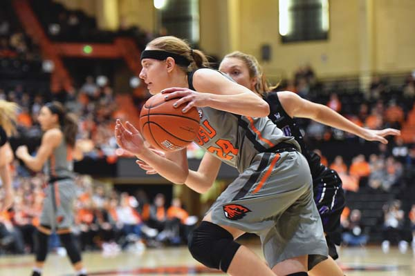 Oregon State senior guard Sydney Wiese, an all-Pac-12 selection last season, is averaging 12.3 points 4.0 rebounds and a team-leading 5.0 assists this season. The 24th-ranked Beavers face Idaho today and BYU on Saturday in the Maui Jim Maui Classic at War Memorial Gym. Photo courtesy of Oregon State Athletics