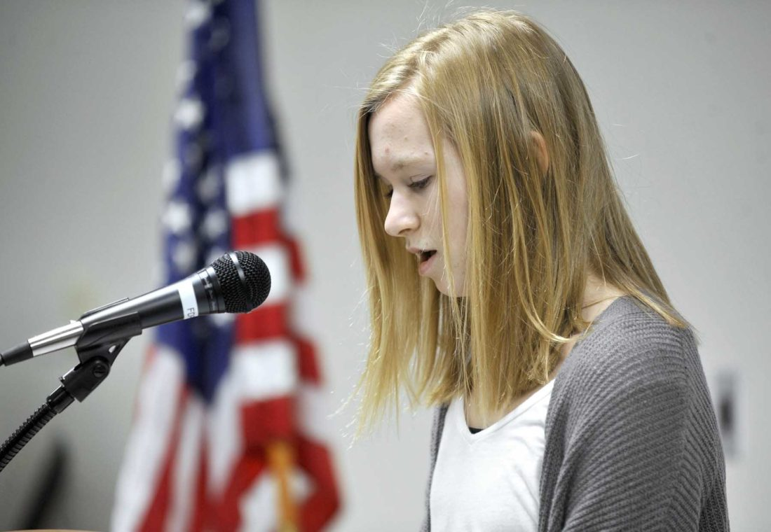 noon sertoma honors essay winners news sports jobs messenger messenger photo by hans madsen grace hartley 14 of fort dodge reads