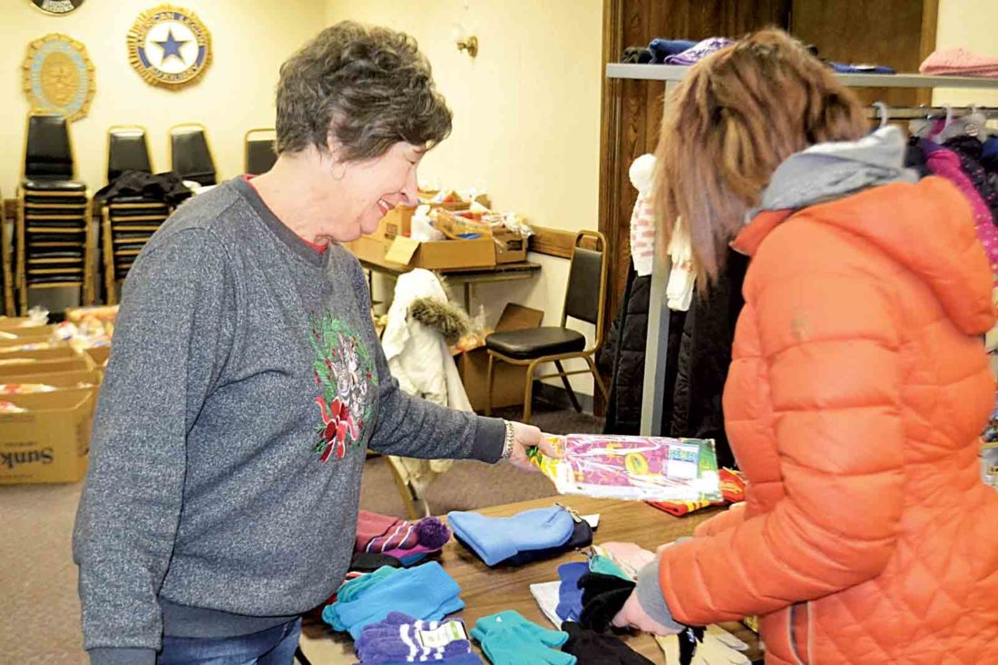 American Legion 2017 Toys For Tots : American legion post distributes toys for tots news