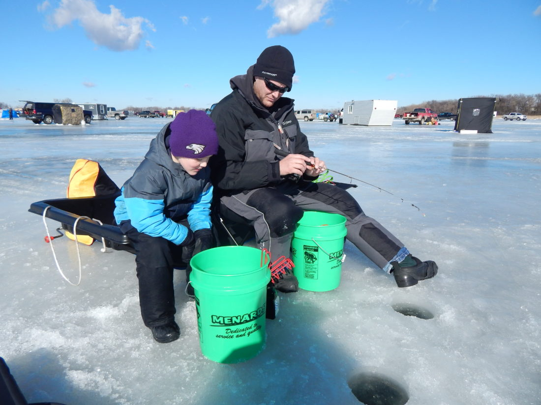 Ice fishing contest news sports jobs the journal for Ice fishing extravaganza