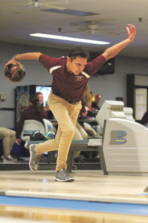 OBSERVER Photos by Mary Ann Wiberg Lucky Lanes hosted two CCAA high school bowling matches Monday. Pictured is Dunkirk's Jared Glowniak.