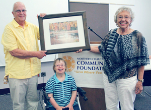 Submitted Photo Wayne, Elaine and Laurel (seated) Hotelling received the 2015 George B. Weaver Jr. Footprints Award.