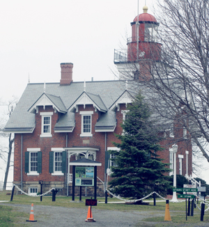 "OBSERVER Photo by Gib Snyder The Dunkirk Lighthouse & Veterans Park Museum will be the site of a plaque dedication on Saturday at 2 p.m. honoring War of 1812 heroine Celea Sampson ""Widow"" Cole."