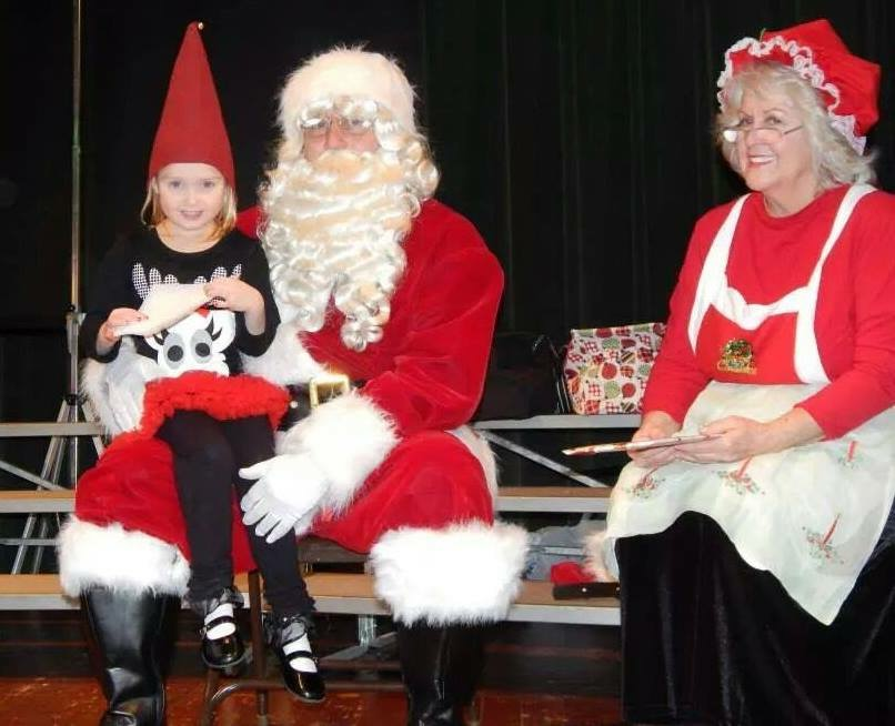 "The ELHS Lady Potters softball program's 3rd Annual ""Elf School"" is Dec. 3 in the ELHS cafeteria. Cost is $15 per child. Parents free. There will be two different sessions: 8-11:30 a.m. and 4-7:30 p.m. The event will include cookies with Mrs. Clause, a raft ornament, snowball fights, meal, picture with Santa, Snowman soup, a Snowman craft, Elf School graduation, and a gift from Santa. Tickets available 5-7:30 p.m. Wednesdays and 9 a.m. to noon Sundays at Tim Horton's. Proceeds benefit the ELHS softball team. (Submitted photo)"