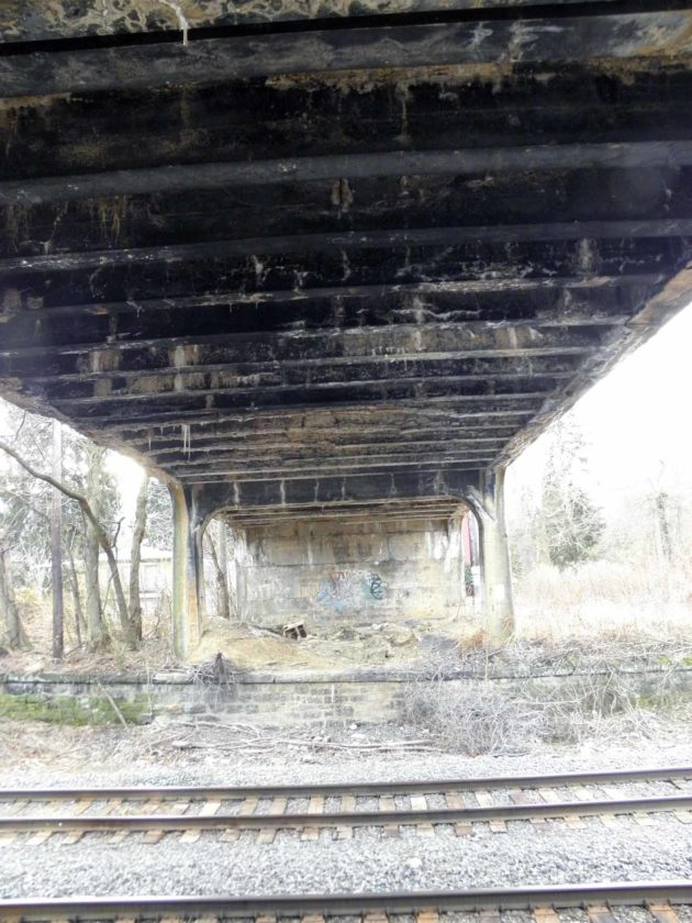An update on the closed Elizabeth Street bridge in the East End of East Liverpool likely will be heard at Tuesday's city council meeting. (Photo by Jo Ann Bobby-Gilbert)