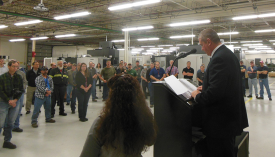 MIKEREUTHER/Sun-Gazette Scott Weiant, Bureau of Workers Compensation director, speaks to the employees of Lycoming Engines.