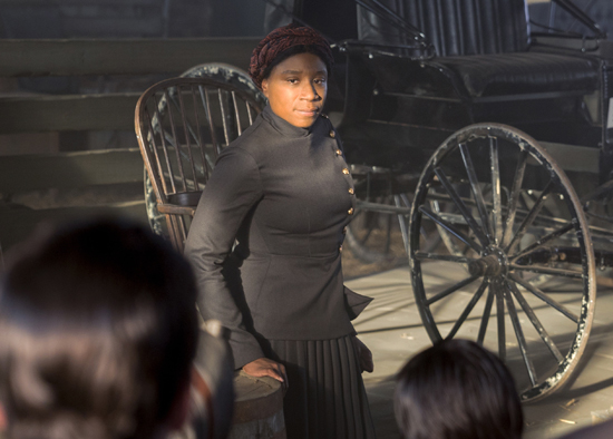"""In this image released by WGN America, Aisha Hinds portrays Harriet Tubman in a scene from """"Underground."""" (Kim Simms/WGN America via AP)"""