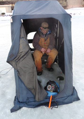 IceFishing_Web