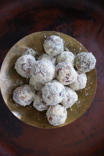 This June 2016 photo provided by Meera Sodha shows natural date and almond balls in London. This recipe by Merra Sodha is a twist on an ancient Indian sweet recipe called khajur pak often found piled high in pyramids in Delhi sweet shops. (Meera Sodha via AP)