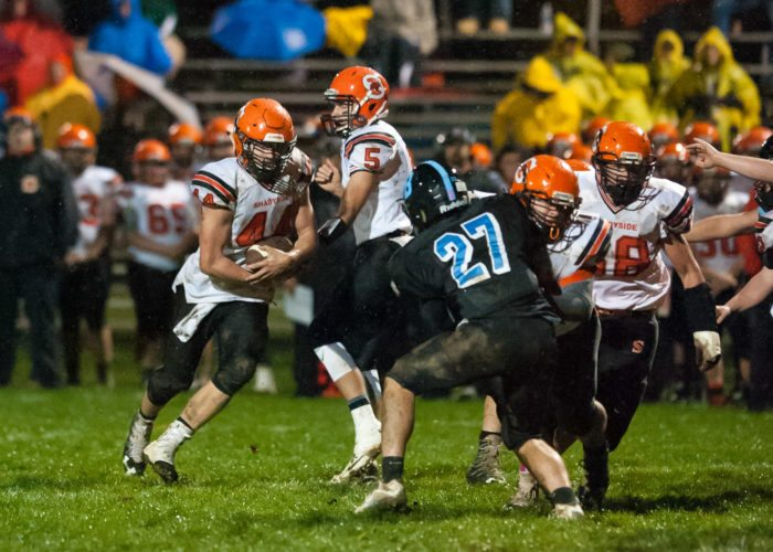 Photo by Kayla Ruble Shadyside QB Billy Johnson (5) hands off to Connor Banco (44) on Friday against Bridgeport.