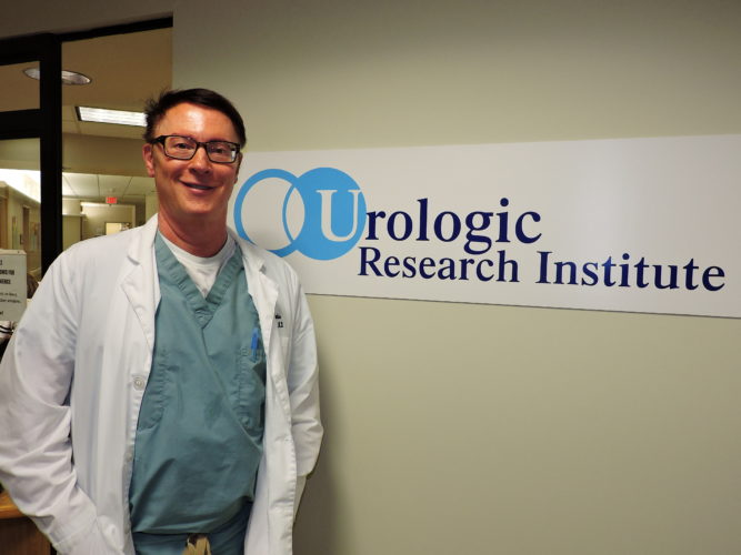 Dr. And Logo (2)