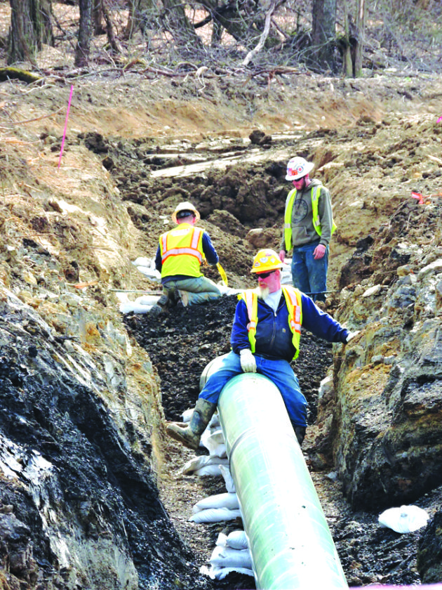 Photo by Casey Junkins As contractors install pipelines to move natural gas along Ohio 647 near Mount Pleasant, the Buckeye State produced a record amount of natural gas in 2016.\