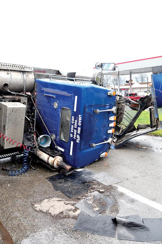 Log Truck Wreck Shuts Down Five Lane News Sports Jobs