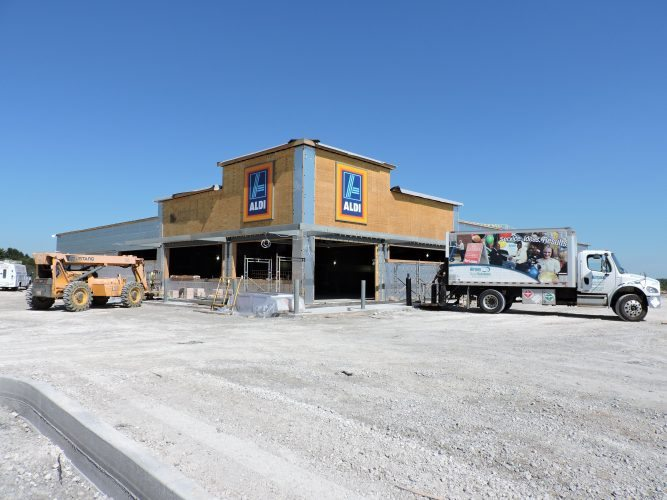 T-L Photo/JANELL HUNTER A new Aldi store is under construction in St. Clairsville.