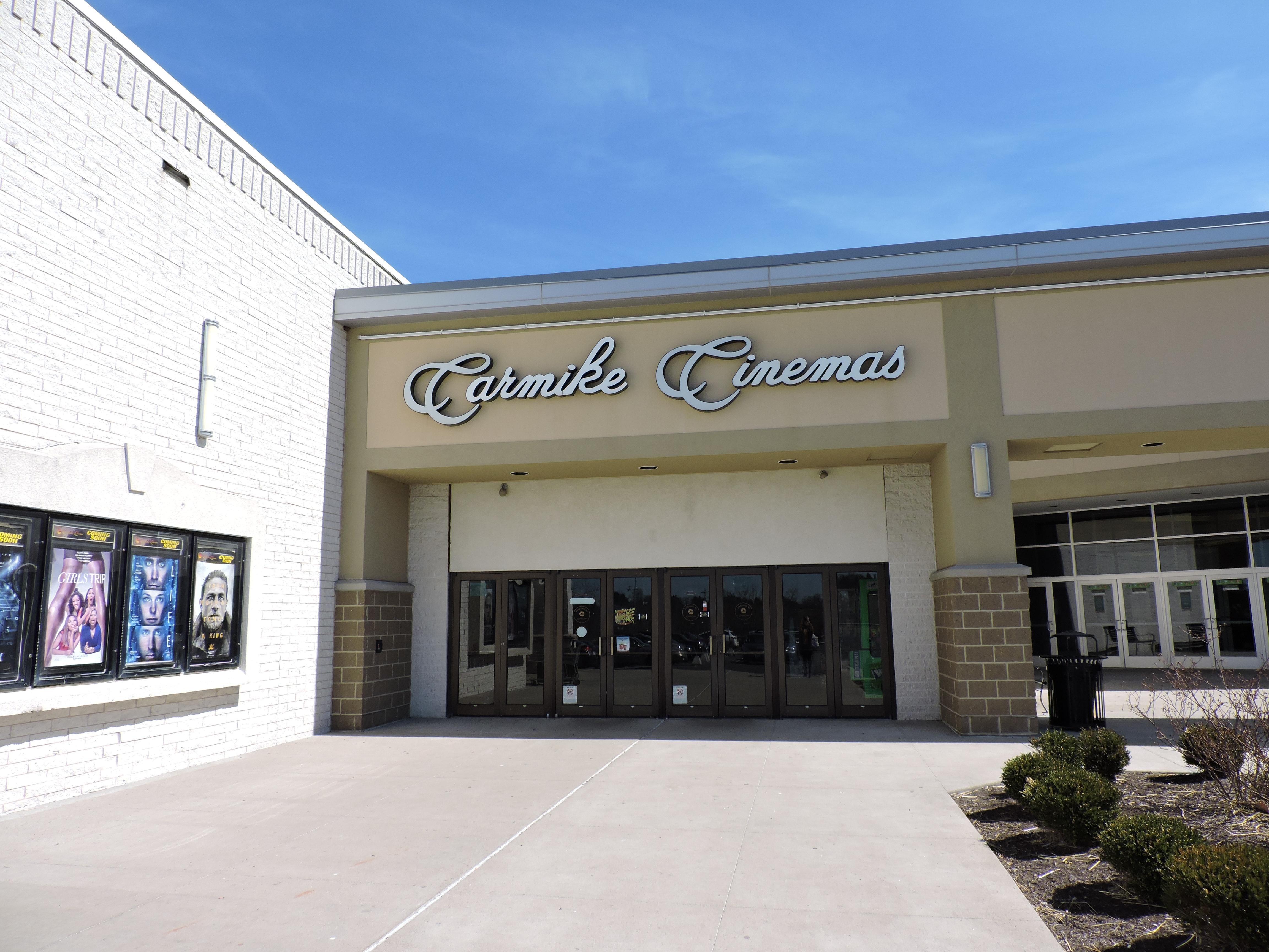 AMC Classic Ohio Valley Mall 11  Cinema  700 Banfield