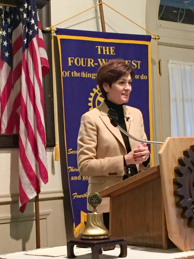 T-R PHOTO By MIKE SCHLESINGER Lt. Gov. Kim Reynolds addresses the Marshalltown Noon Rotary Club, Tuesday, at Elmwood Country Club in Marshalltown.