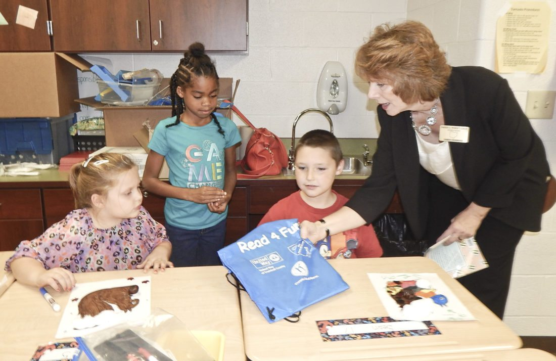 What are some of the jobs offered by the United Way?
