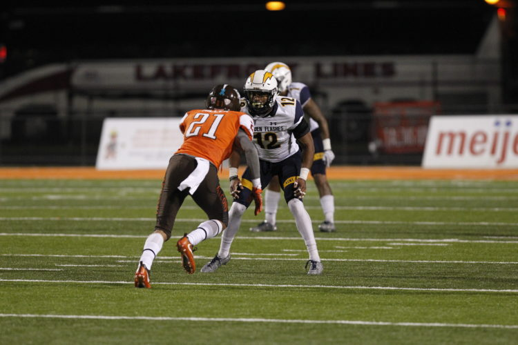 LOCKDOWNDEFENSE — Kent State's Najee Murray, a Steubenville graduate, plays in a game against Bowling Green earlier this season.Murray finished his college football career in November. (Contributed)