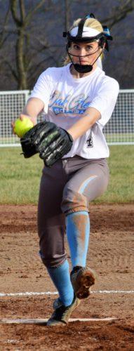 Oak Glen senior pitcher Hannah Clunk (Mike Mathison photo)
