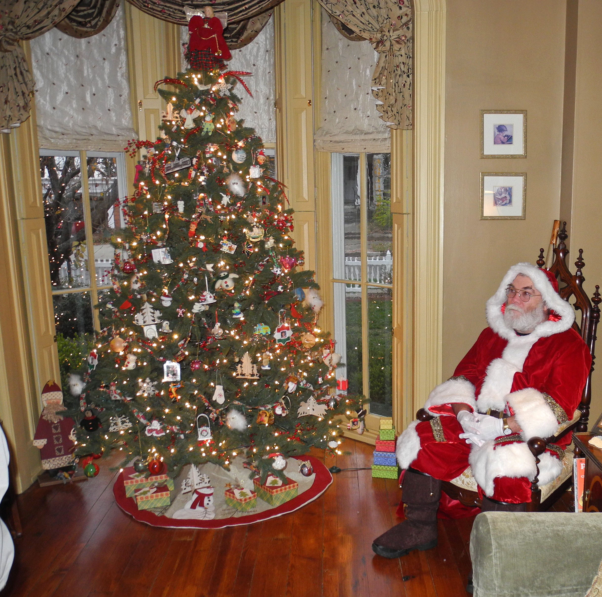 Victorian Christmas Decorations: Victorian Christmas Tour In Parkersburg Showcases Old-time